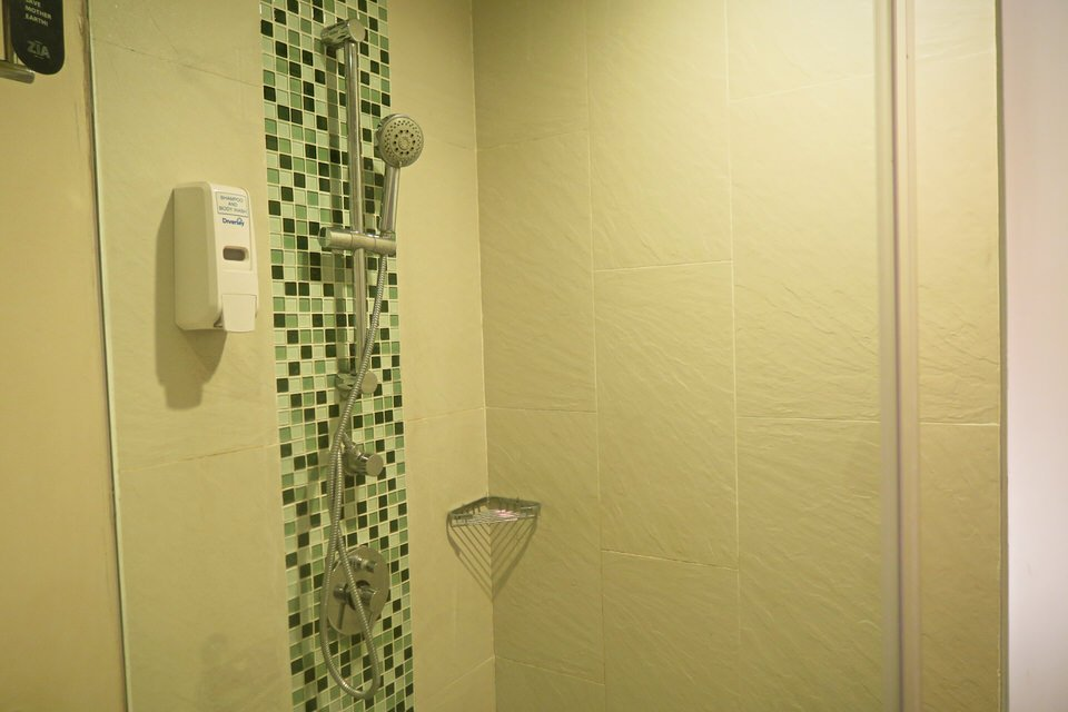 Bali Hotel Zia Toilet Shower